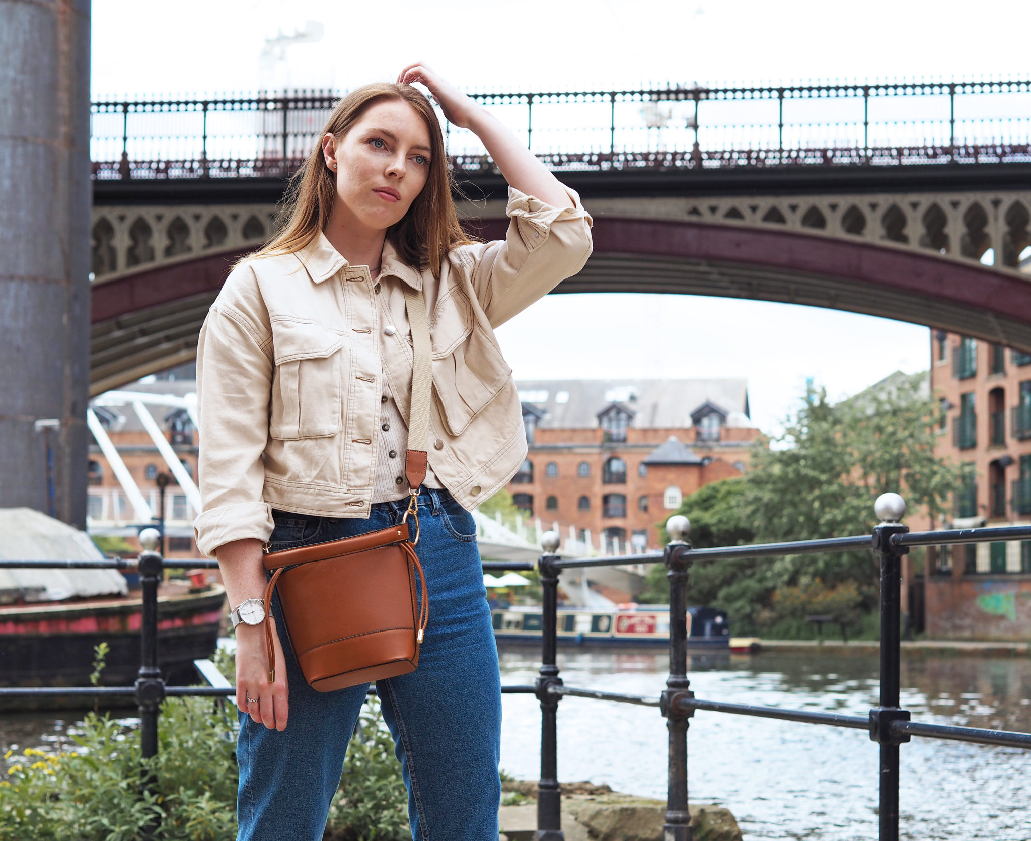 brown bucket bag re wear your outfits