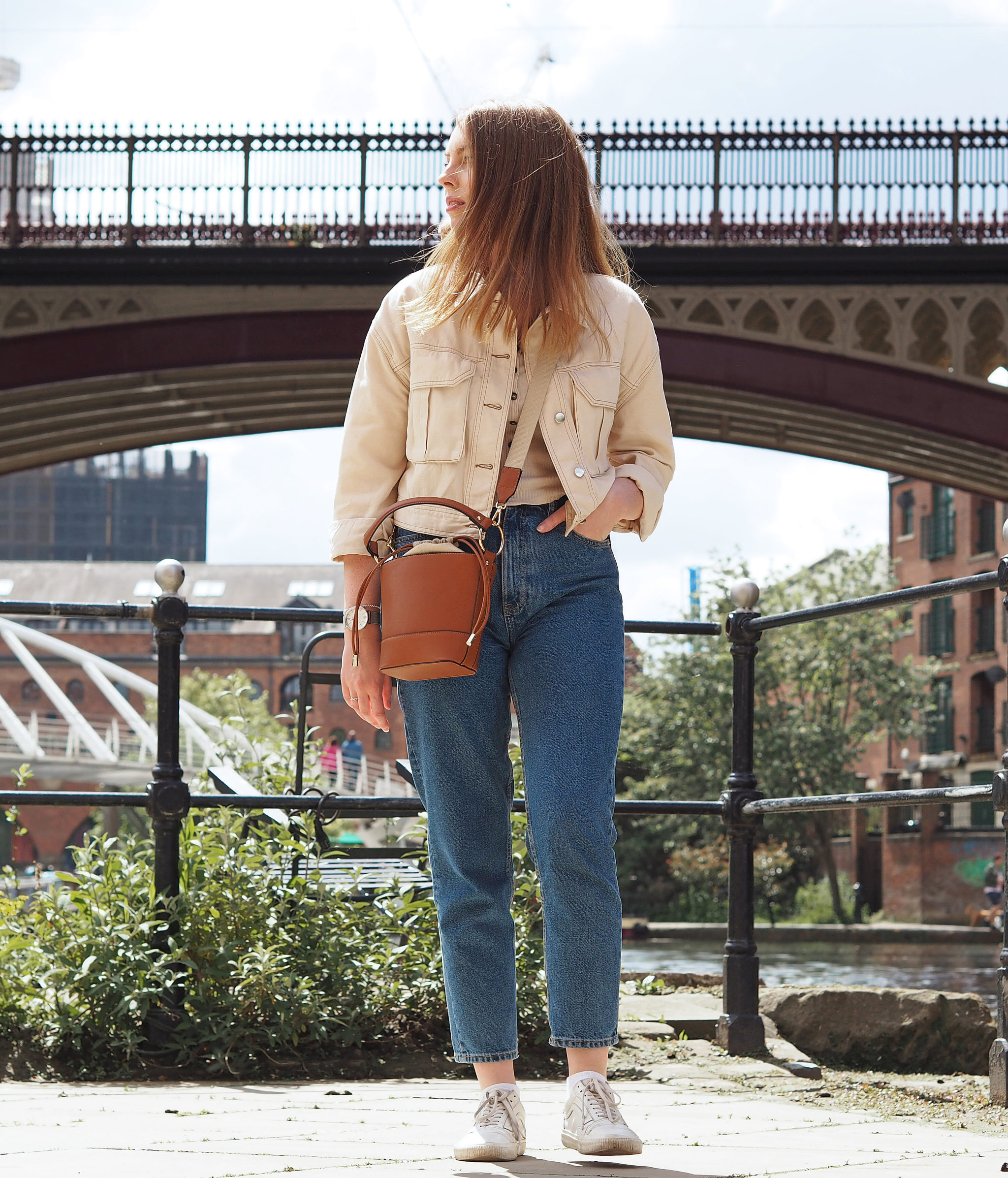 brown cross body bucket bag