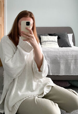 lockdown comfy style H&M white chunky knit and sage green sweatpants