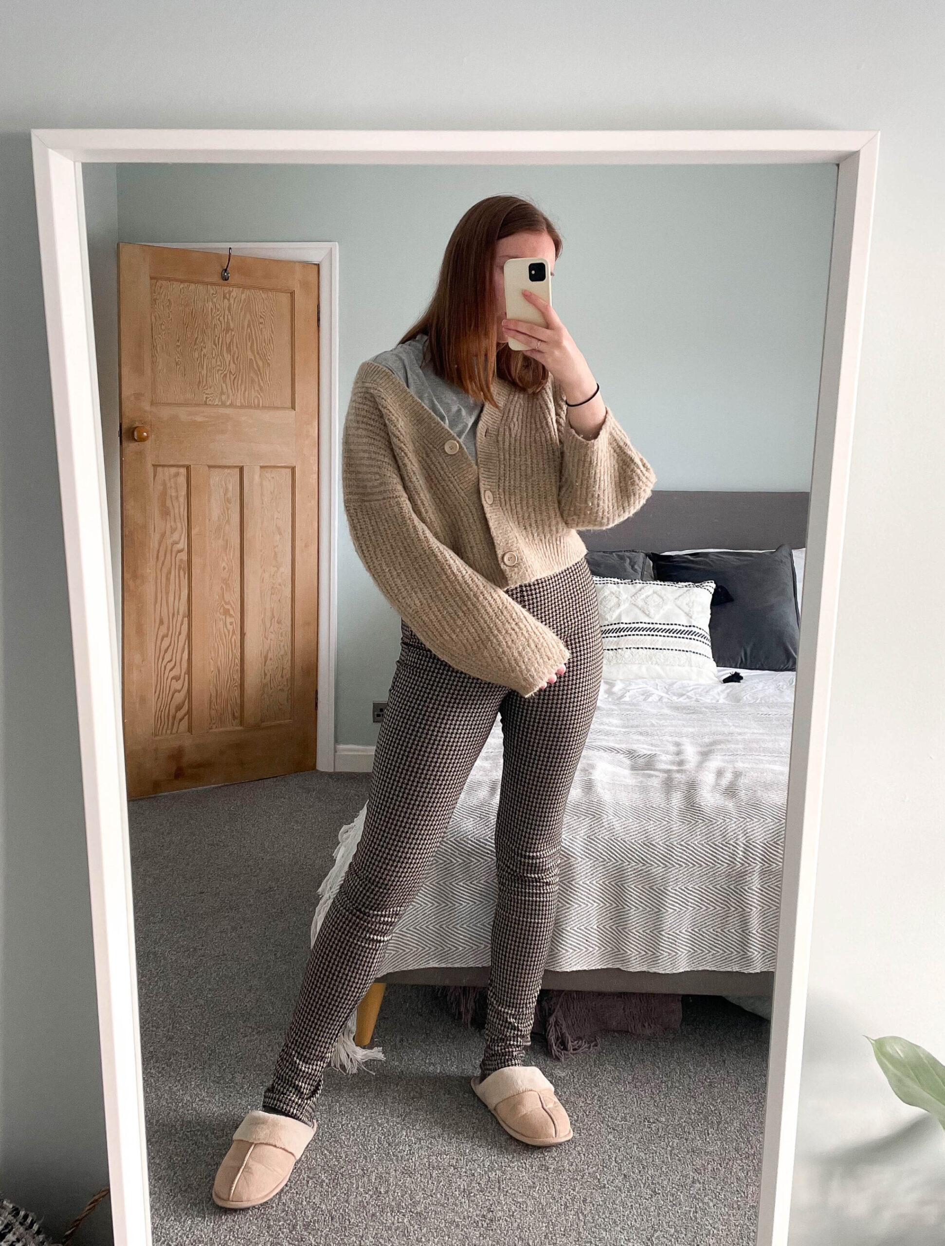 houndstooth Zara leggings weekday camel cardigan wfh outfit